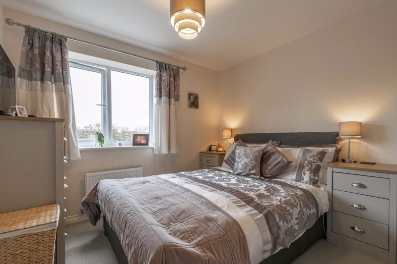 2 bed house for sale in Kemble Street 6