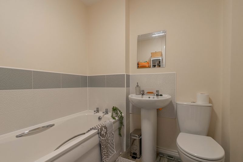 2 bed house for sale in Kemble Street 9