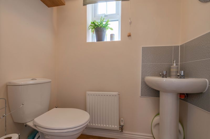 2 bed house for sale in Kemble Street 10