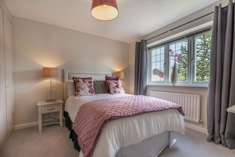 4 bed house for sale in Hither Green Lane 10
