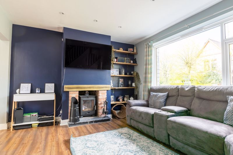 2 bed house for sale in Park Road  - Property Image 2