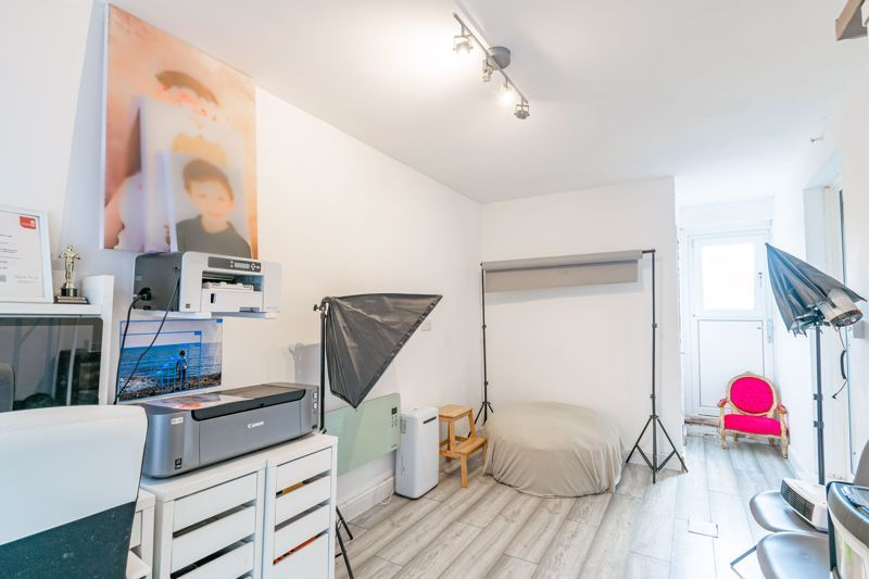 2 bed house for sale in Park Road  - Property Image 11