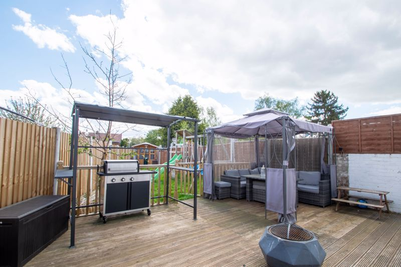 2 bed house for sale in Park Road  - Property Image 12