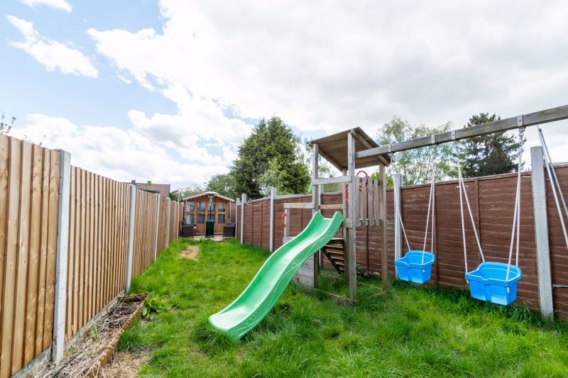 2 bed house for sale in Park Road  - Property Image 15
