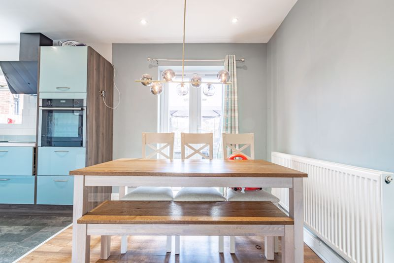 2 bed house for sale in Park Road  - Property Image 4