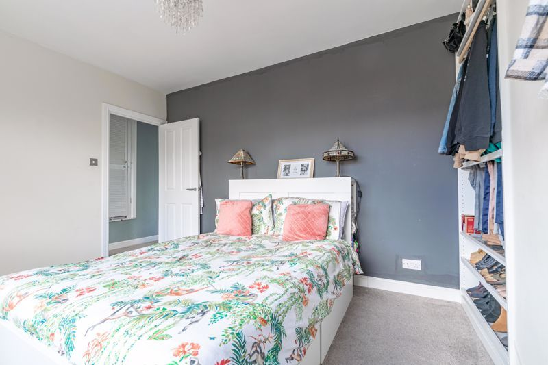 2 bed house for sale in Park Road 6