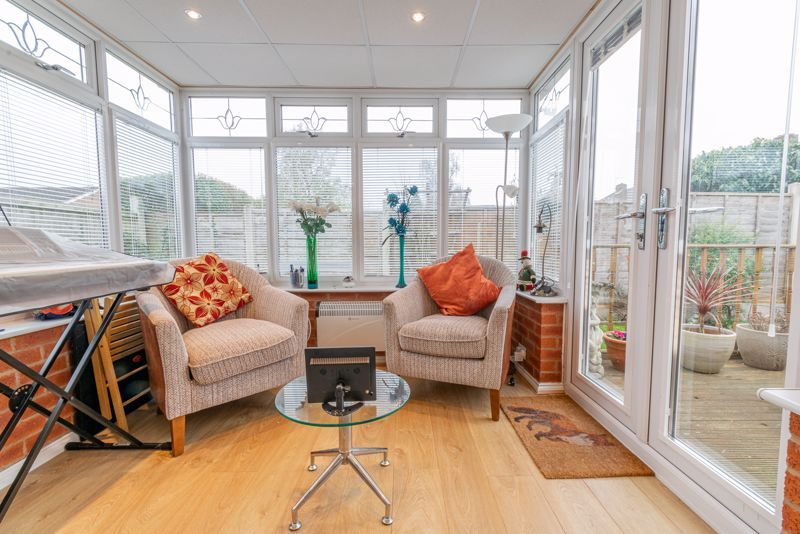 2 bed bungalow for sale in Lincoln Road 6