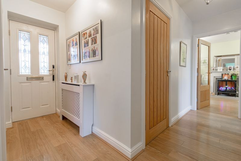 2 bed bungalow for sale in Lincoln Road 10