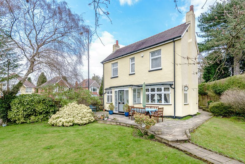 3 bed cottage for sale in Lickey Rock - Property Image 1