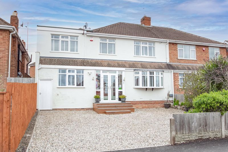 4 bed  for sale in Hawne Lane  - Property Image 1