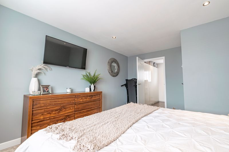 4 bed  for sale in Hawne Lane 12