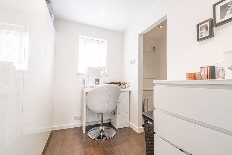 4 bed  for sale in Hawne Lane 13