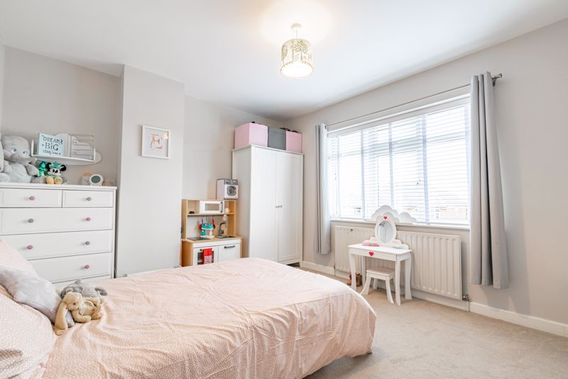 4 bed  for sale in Hawne Lane  - Property Image 16