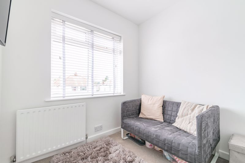 4 bed  for sale in Hawne Lane 18
