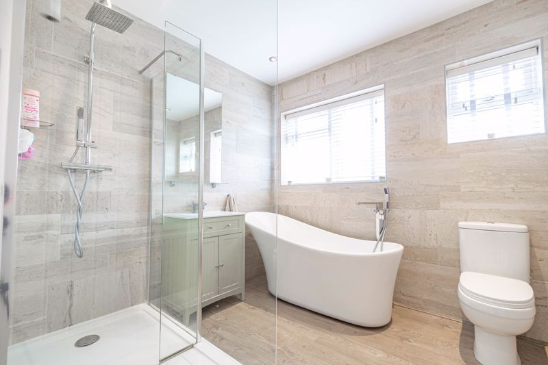 4 bed  for sale in Hawne Lane 19