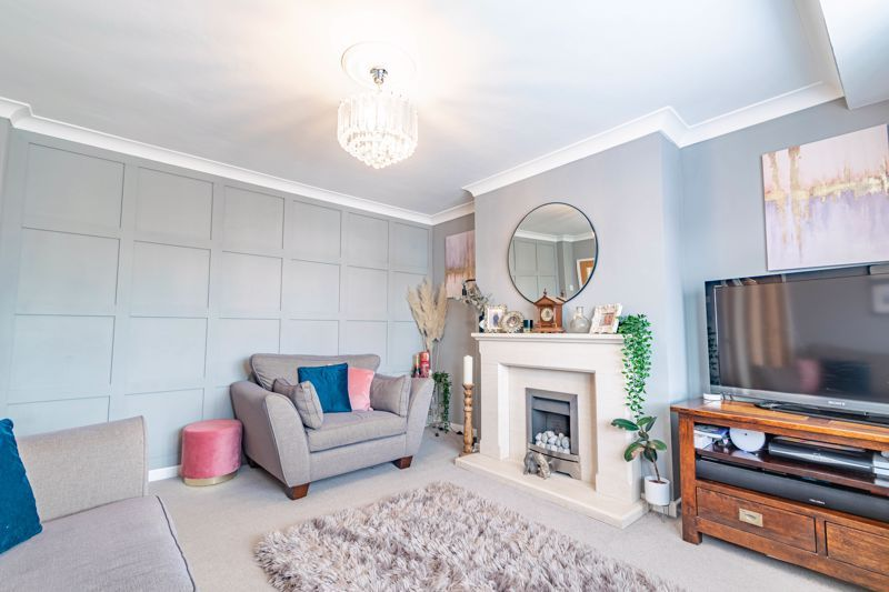 4 bed  for sale in Hawne Lane 3