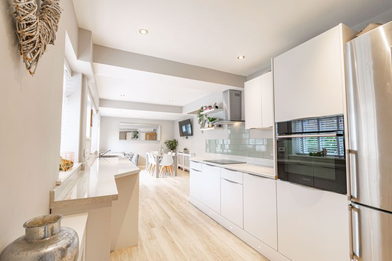 4 bed  for sale in Hawne Lane 5
