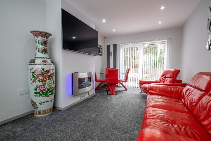 2 bed house for sale in Hewell Avenue 6