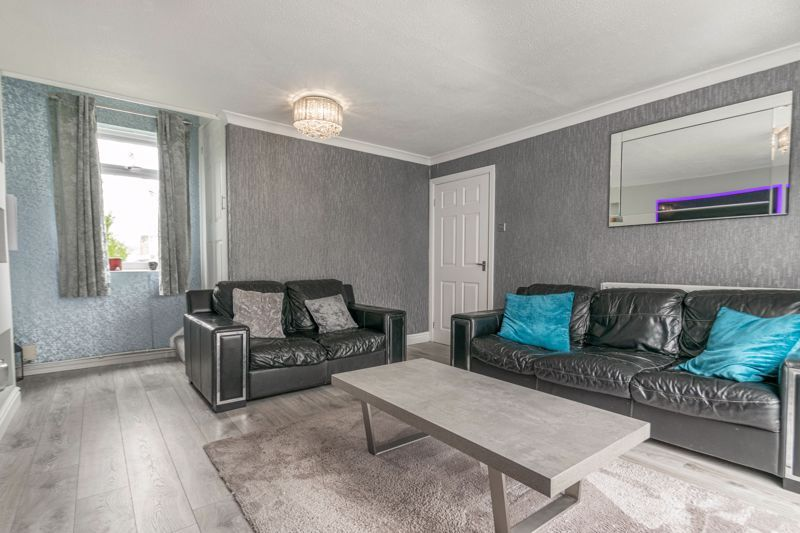 3 bed house for sale in Frankton Close 14