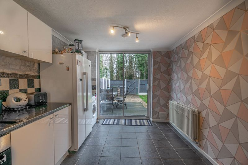 3 bed house for sale in Frankton Close  - Property Image 3