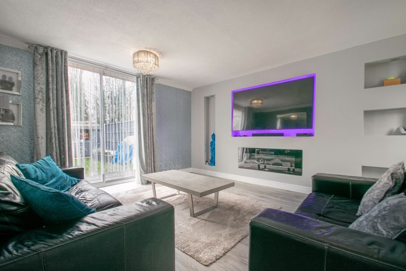 3 bed house for sale in Frankton Close 5