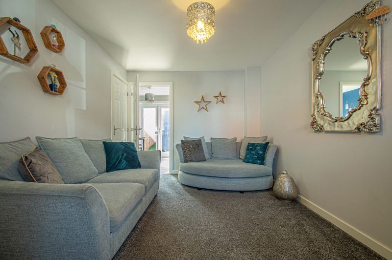 2 bed house for sale in Laceby Close 2