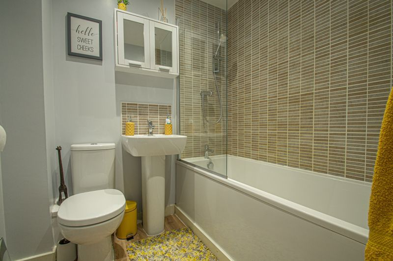 2 bed house for sale in Laceby Close 12