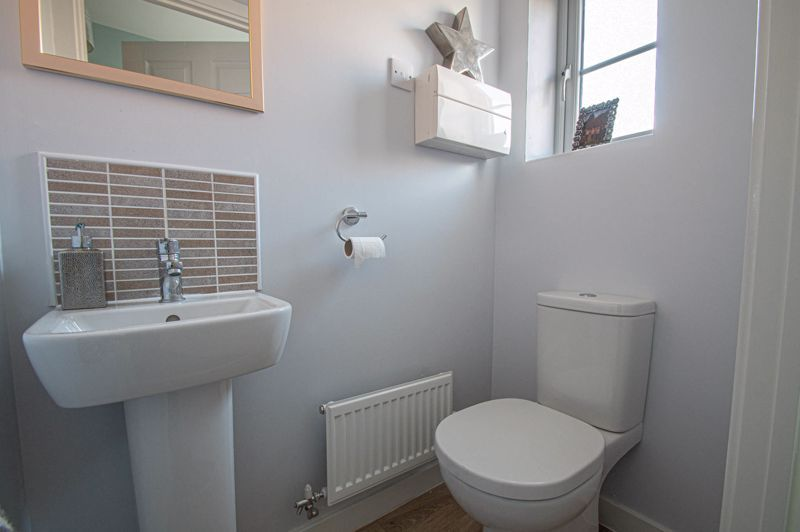 2 bed house for sale in Laceby Close 7