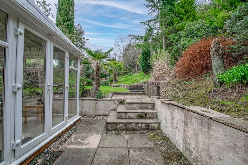 3 bed house for sale in Woodleigh Close  - Property Image 11