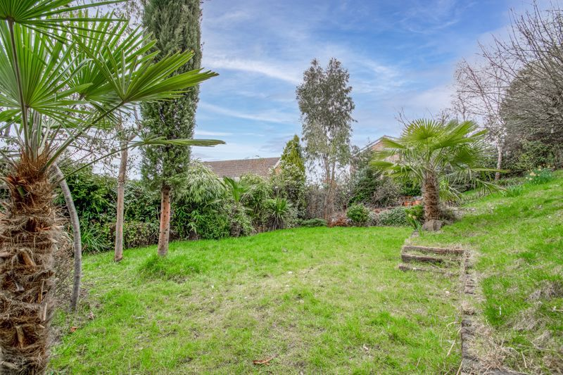 3 bed house for sale in Woodleigh Close  - Property Image 12