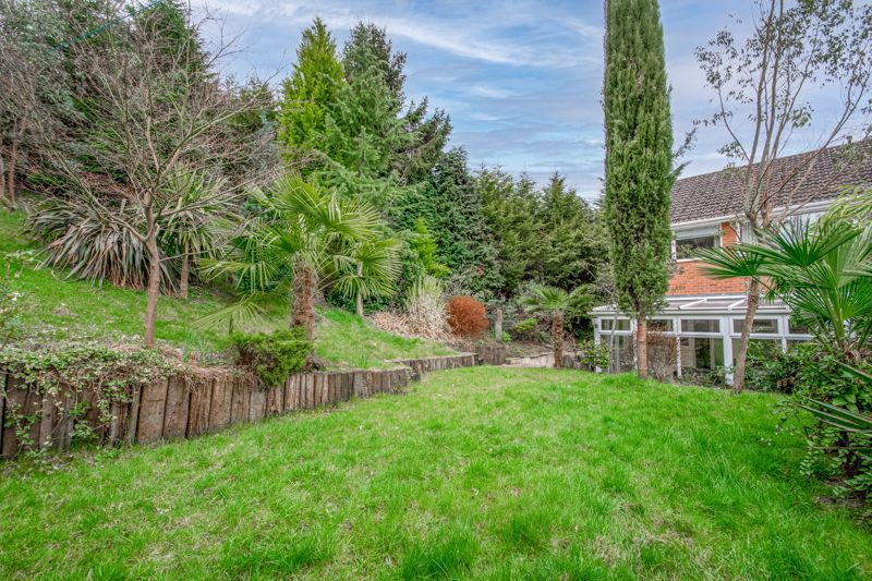 3 bed house for sale in Woodleigh Close  - Property Image 13