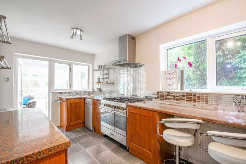 3 bed house for sale in Woodleigh Close 15