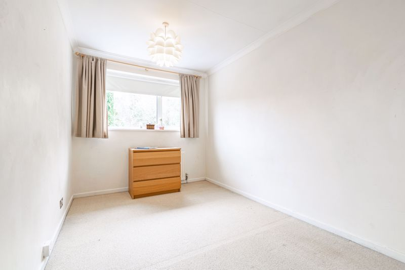 3 bed house for sale in Woodleigh Close 7