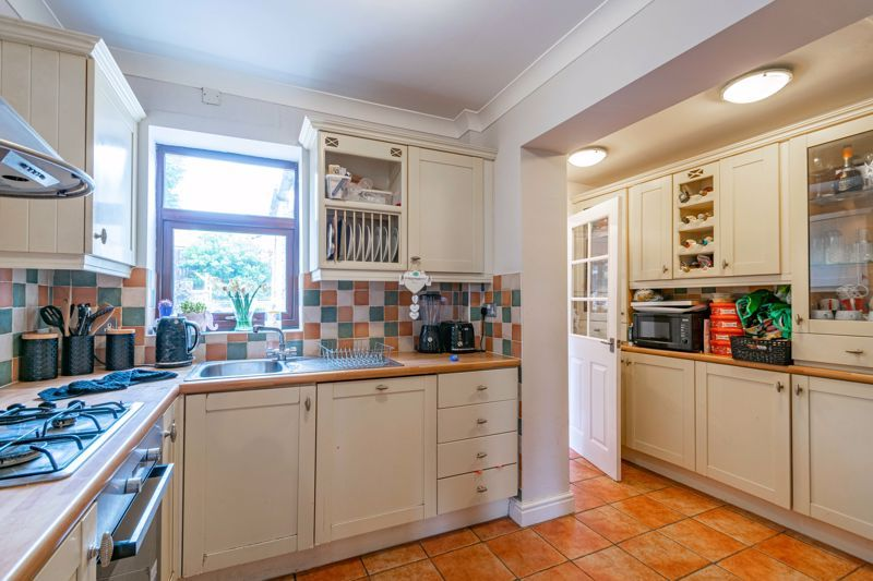 2 bed house for sale in Charles Road 3
