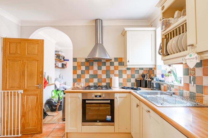2 bed house for sale in Charles Road 4