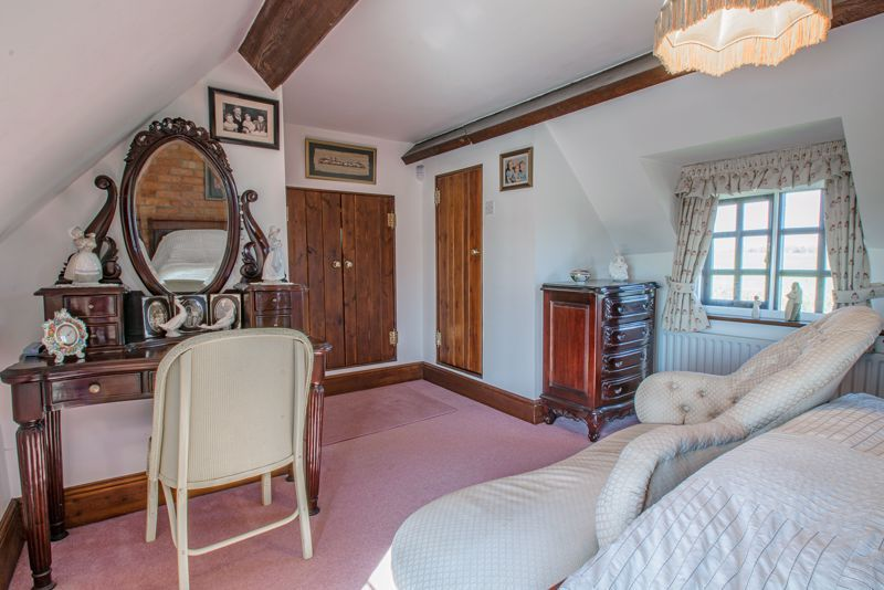 3 bed cottage for sale in Droitwich Road  - Property Image 17