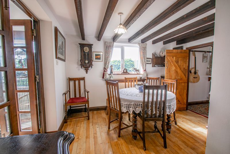 3 bed cottage for sale in Droitwich Road  - Property Image 6