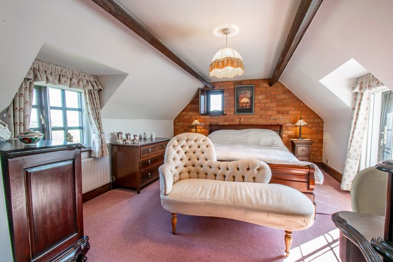 3 bed cottage for sale in Droitwich Road  - Property Image 8
