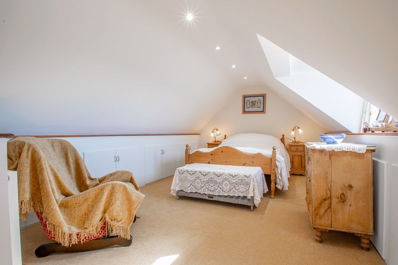 3 bed cottage for sale in Droitwich Road  - Property Image 10