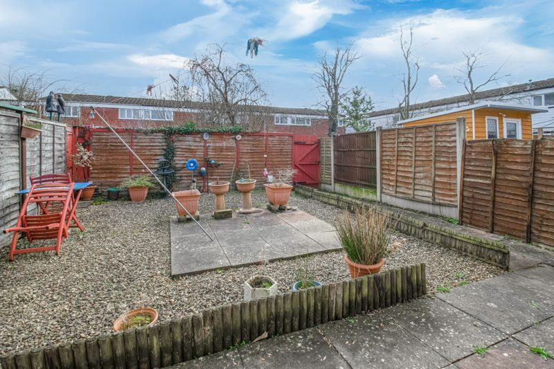 3 bed house for sale in Acton Close 12