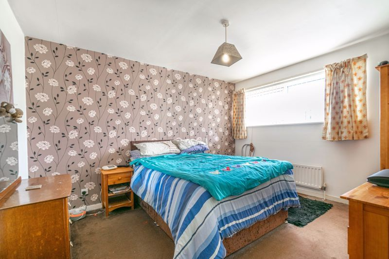 3 bed house for sale in Acton Close 7