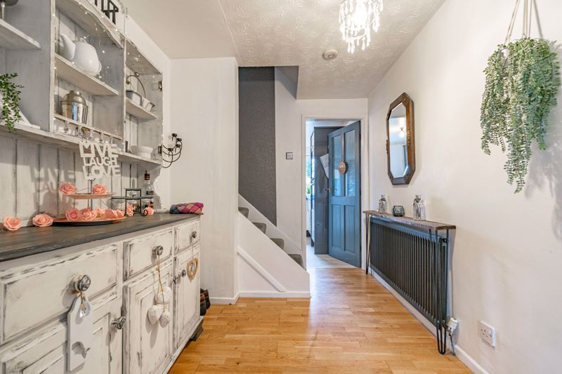 3 bed house for sale in Brier Mill Road 2