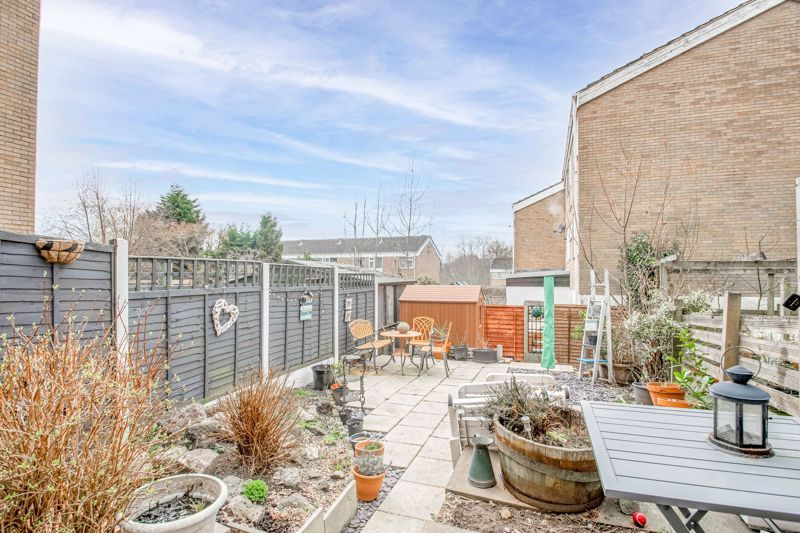3 bed house for sale in Brier Mill Road 11