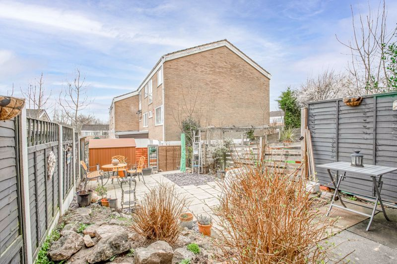 3 bed house for sale in Brier Mill Road 16