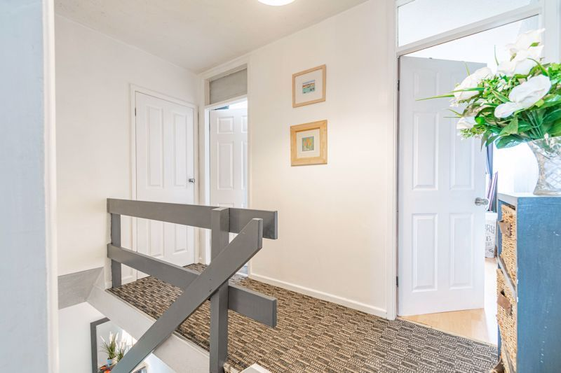 3 bed house for sale in Brier Mill Road 10