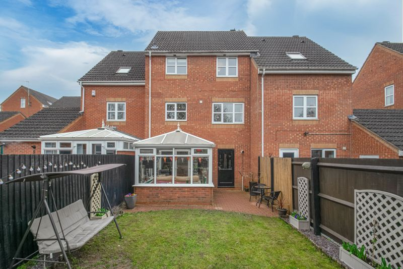 3 bed house for sale in Appletree Lane 14