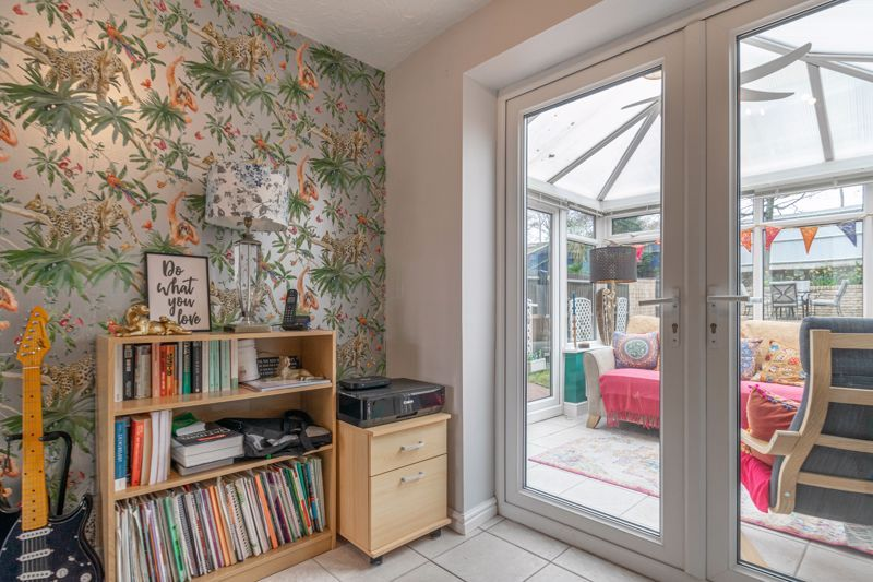 3 bed house for sale in Appletree Lane 15
