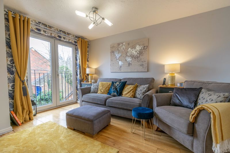 3 bed house for sale in Appletree Lane 4
