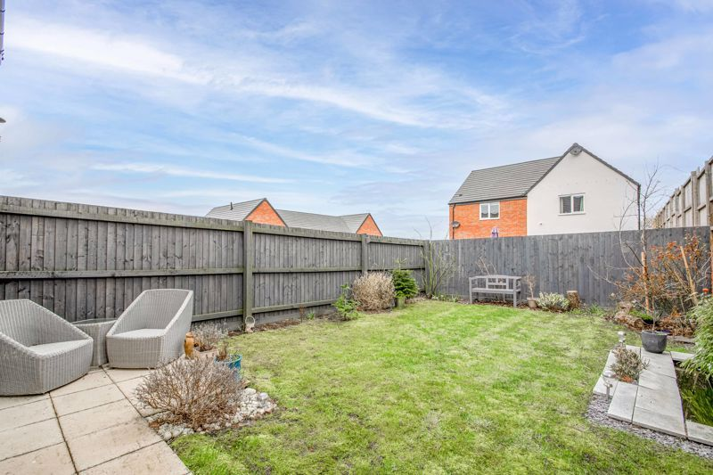 2 bed house for sale in Doulton Road 12