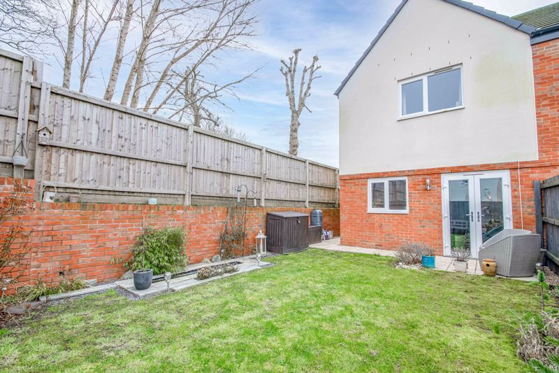 2 bed house for sale in Doulton Road  - Property Image 13